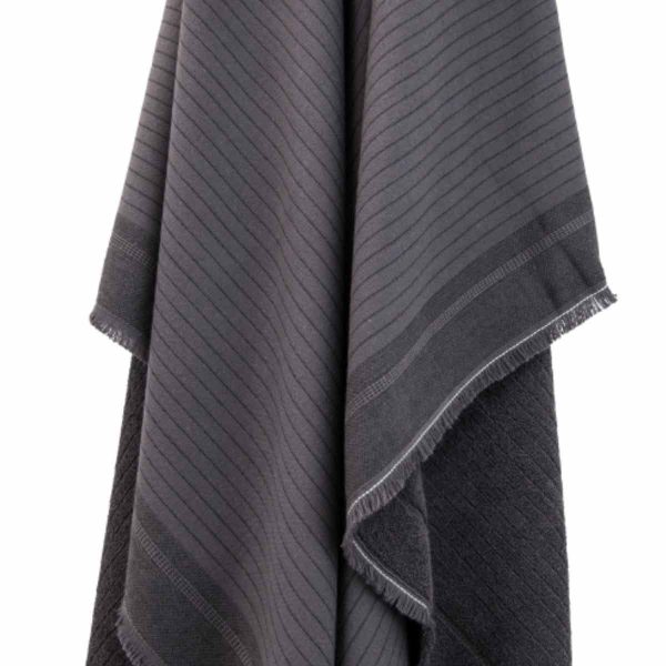 Chill-Towel-Anthracite-closeup